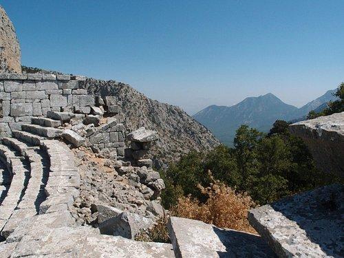 termessos, l'Anfiteatro sulla vetta panoramica