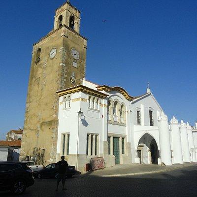 Igreja Construída sobre uma Mesquita