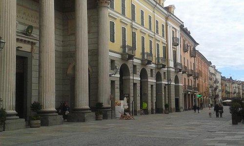 Inizio Corso Roma e la Cattedrale