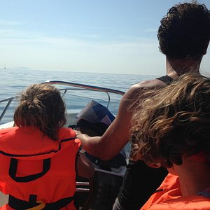 Départ en mer depuis la pointe rouge