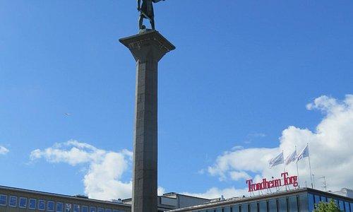 Памятник основателю Трондхейма