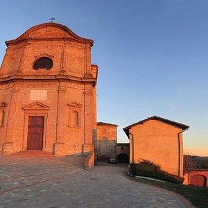 La chiesa e la canonica