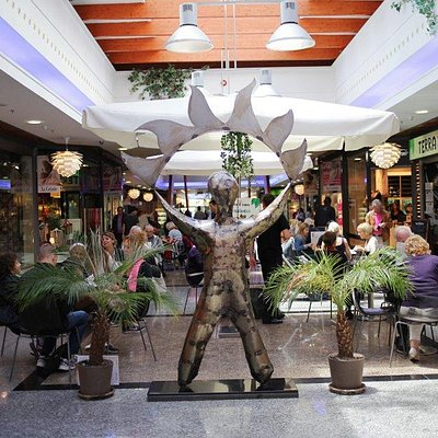 CENTRE COMMERCIAL ET CINEMAS LA CAÑADA