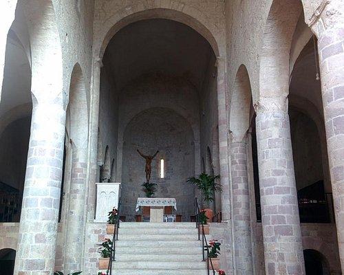 interno abbazia di San Felice - Giano Dell'Umbria