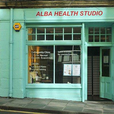 Sun shines on Alba Health Studio - Acupuncture and deep tissue tuina massage
