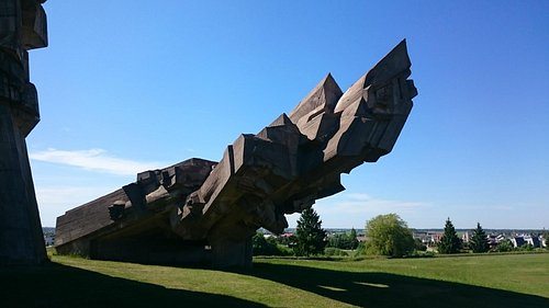 Memorial em homenagem aos mortos
