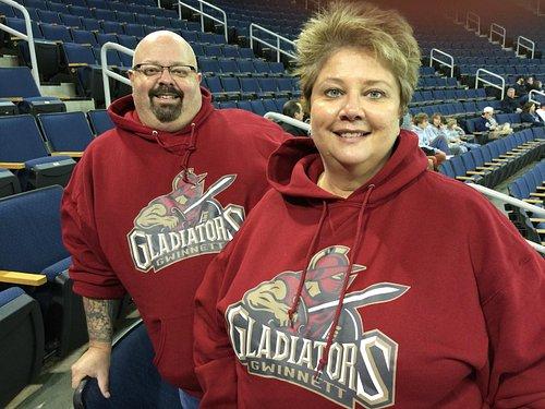 Randy & Melanie there to enjoy the game!