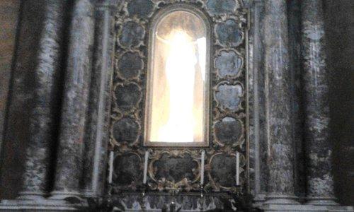 Altare della Madonna del Rosario