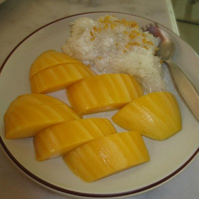 Mamuang Khao Niao (Mango with Sticky Rice)