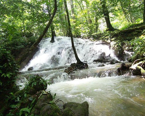 waterval manora