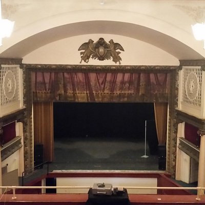 Great historic theatre in the heart of Moundsville
