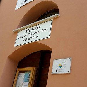 Museo Della Civilta Contadina E dell'Ulivo