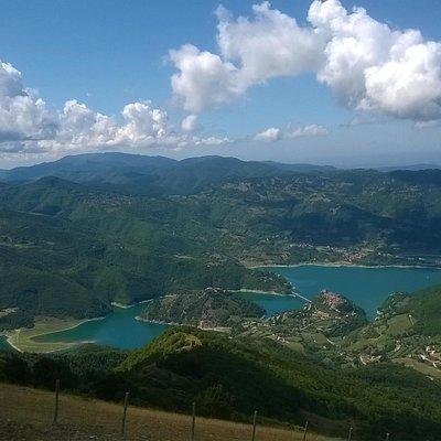 Lago del Turano visto da Monte Navegna