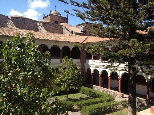 Museo y su claustro
