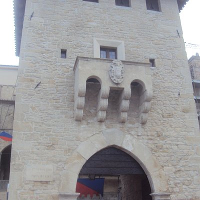 Main gate entrance to San Marino historical center