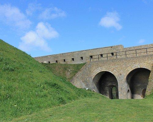 Ruinas do Forte Risban em Calais