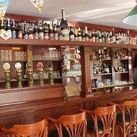 Nickolson's Pub