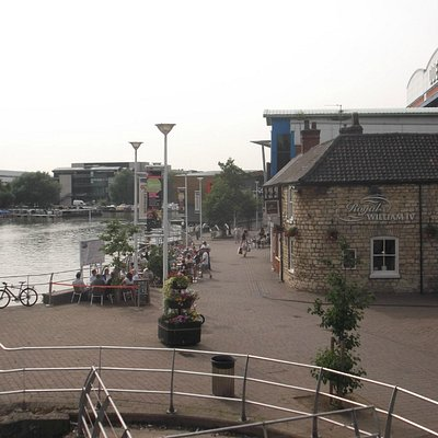 Brayford Pool from Wigford Way.