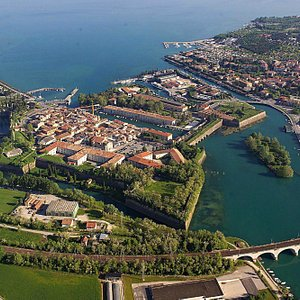 the town of peschiera