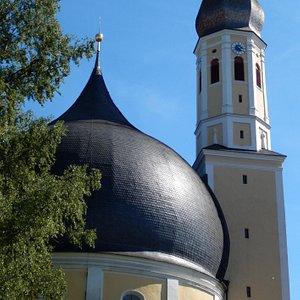 Kirche St. Johann Baptist und Heilig Kreuz