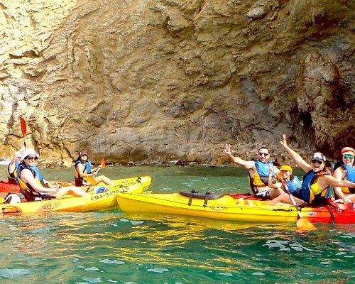 Kayak en Alicante por las Calas de Villajoyosa en familia