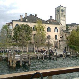 Orta, Isola di San Giulio