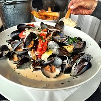 the mussels appetizer was entree sized