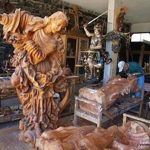 Forjando forma y contenido a la madera