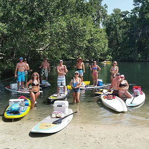 Group excursion on the Chassahowitzka River