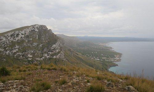 This is part of the view from the summit of Puig de sa Tudossa: Talaia Freda (564m), Urbanitzaci