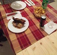 Girarrosto e servito in tavola