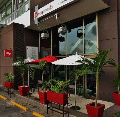 Divertimento Taller de Artes y Cafetería Illy