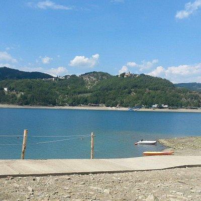 Vista lago di Suviana dal centro velico