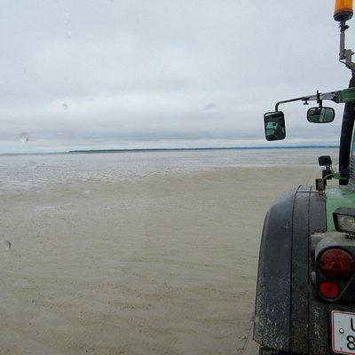 Naturbussen på vej over havbunden til Langli