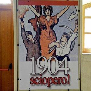Manifesto dello sciopero generale proclamato in risposta all'eccidio