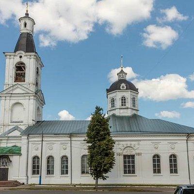 Церковь Живоносного Источника (вид от собора)
