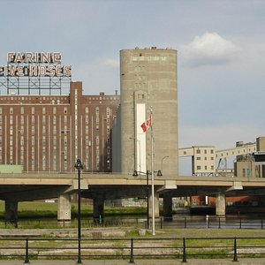 Farine Five Roses/ Old Port of Montreal