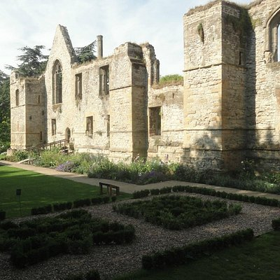 Southwell - ruins