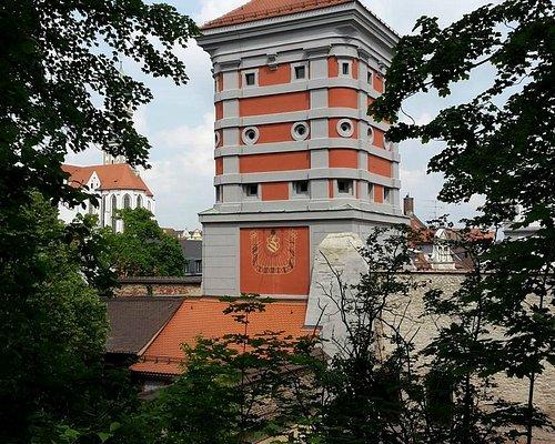 Башня Красных ворот