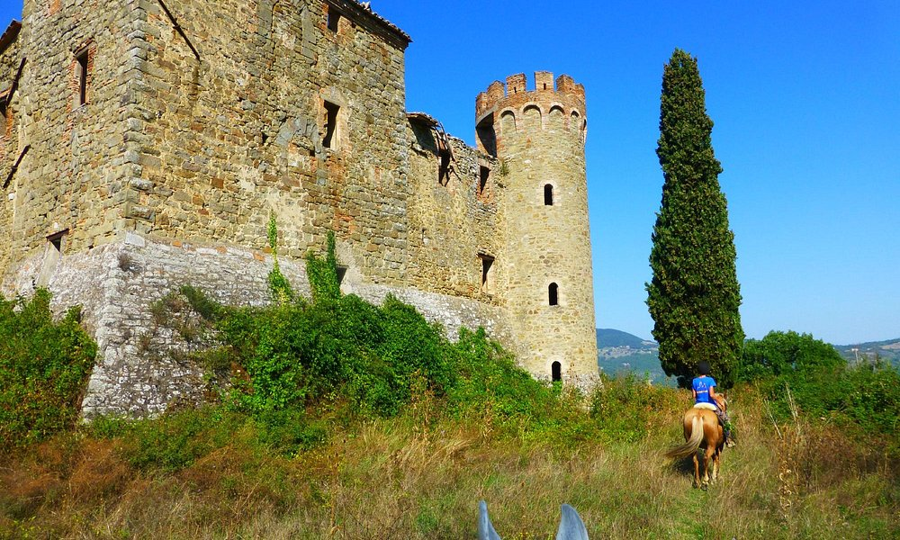 Arriving at one of the  two castle ruins