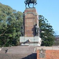 Vista del monumento desde Av del Libertador