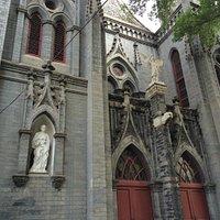 聖彌額爾天主堂