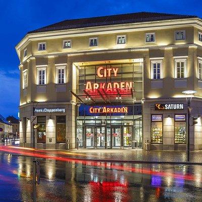 Die CityArkaden Klagenfurt bei Nacht
