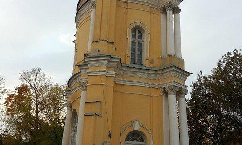 Монастырская башня-библиотека