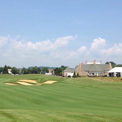 The 18th hole at Architects. Beautiful course, sad to see this round end