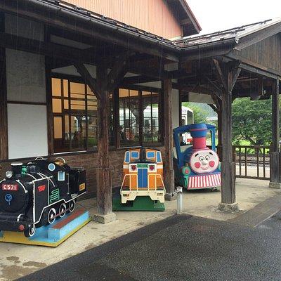 若桜駅よこ