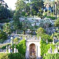 I giardini sul retro del palazzo