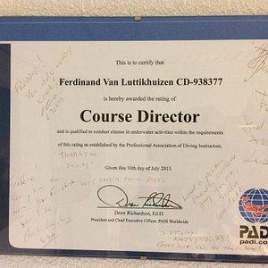 PADI 5* IDC Center