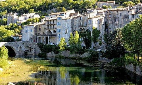 Sauve : village médiéval et ses remparts du XII eme