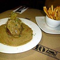Steak Pimienta, exquisito